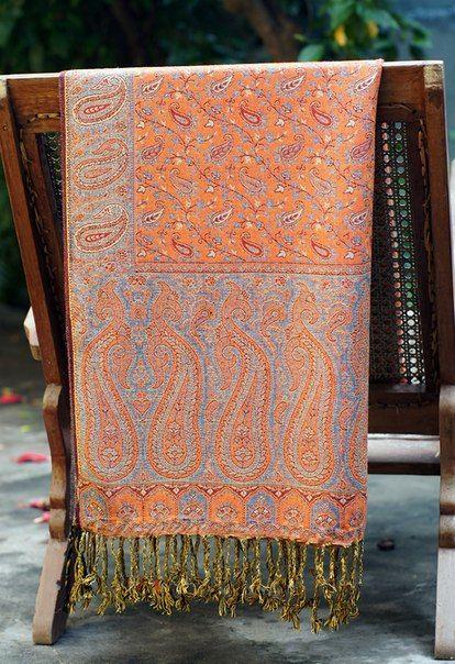 Двухсторонний палантин серо-оранжевого цвета (СПб)