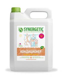 Биоразлагаемый кондиционер-ополаскиватель для белья SYNERGETIC: миндальное молочко,5л.
