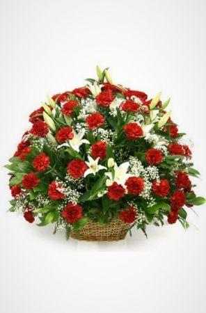 Ритуальные корзины из живых цветов  от 5000 рублей